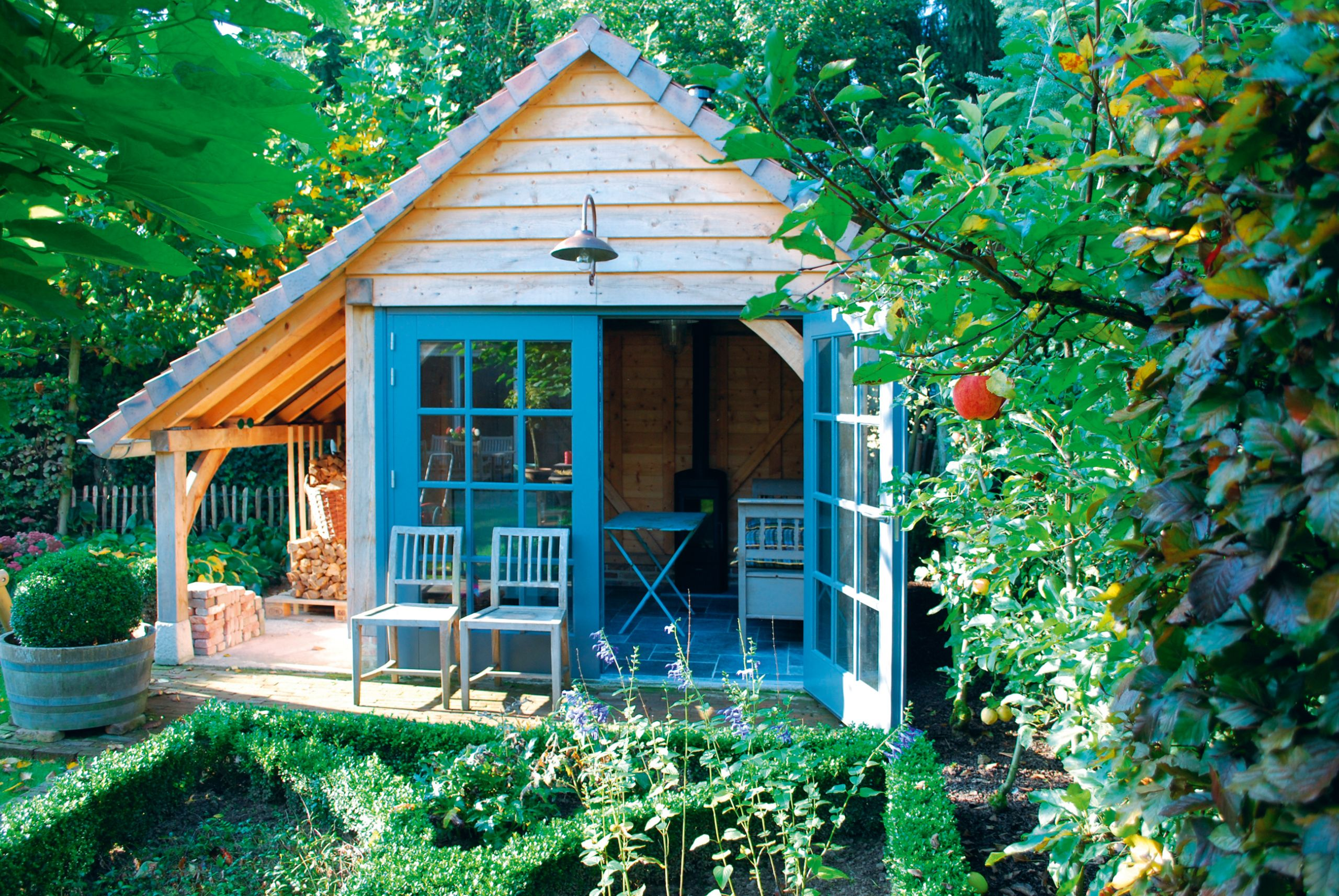 Thinking of a Garden Room?  Have a read…