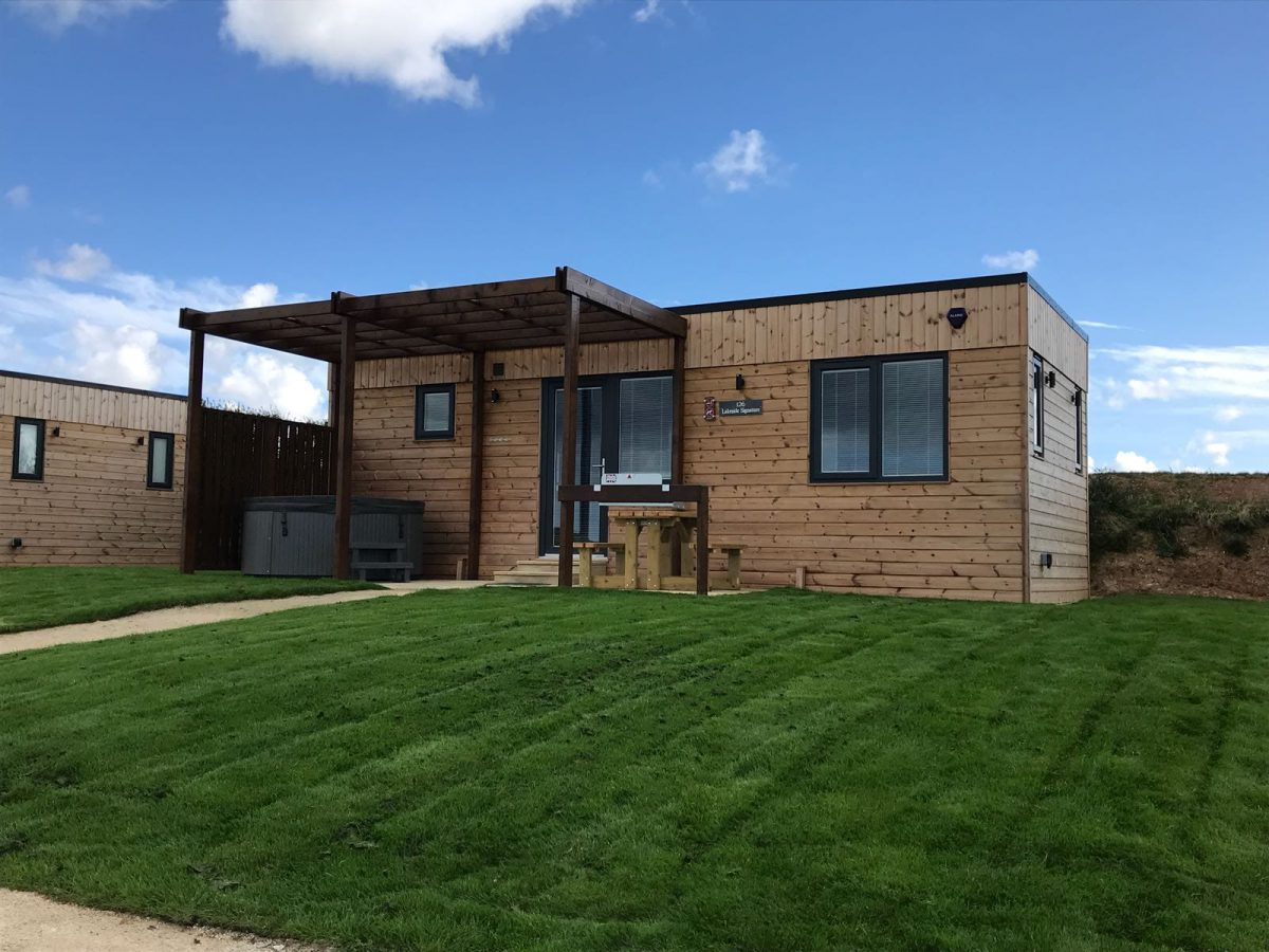 Article By the Garden Room Guide—Choose Off-site Construction